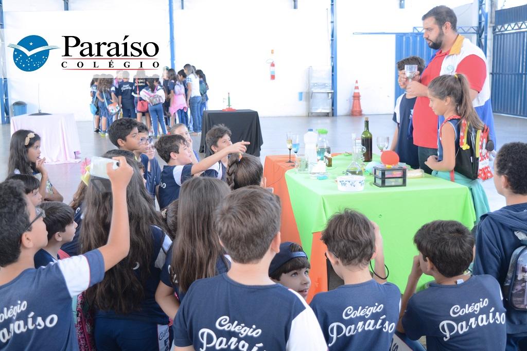 Conhecimento e integração científica: Colégio Paraíso recebe projeto pernambucano Ciência Móvel