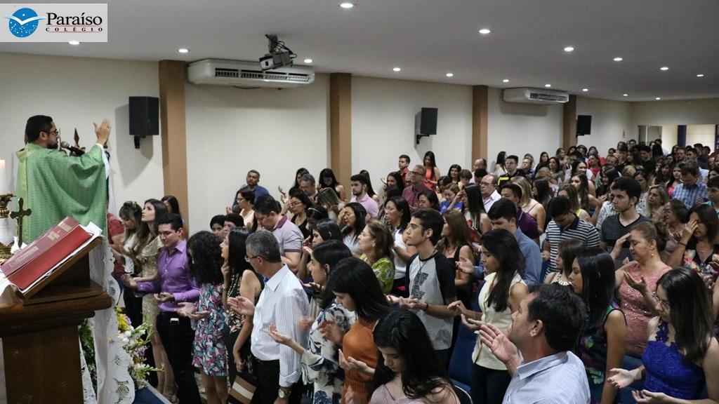 Colégio Paraíso realiza missa e confraternização de encerramento para as turmas da 3ª Série