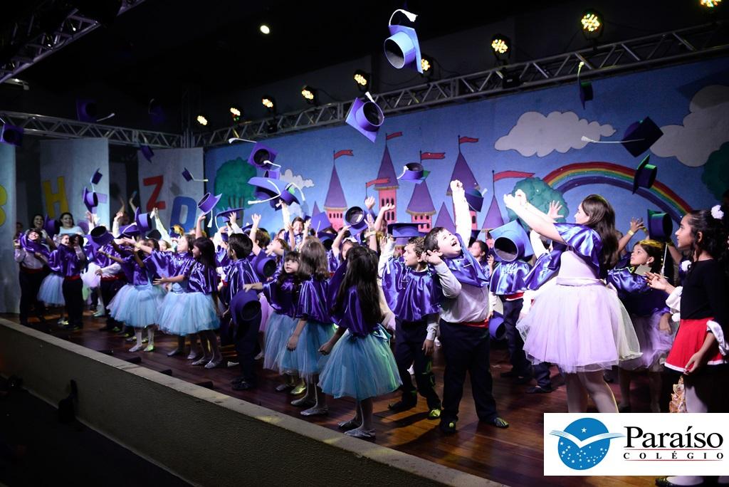 Espetáculo de Dança e Teatro O Baile Real