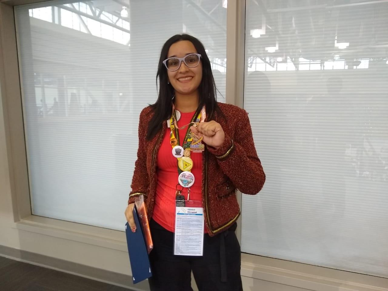 Estudante do Colégio Paraíso ganha uma medalha de bronze e bolsa de 36 mil dólares nos EUA